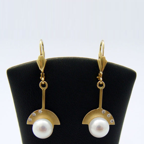 Nancy Allewerelt Handmade jewelry jewellery Solitary Pearl Tahiti Akoja Freshwater